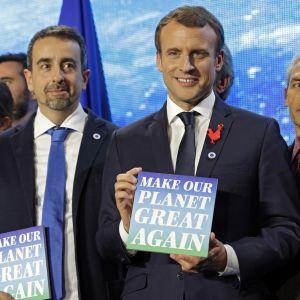 Emmanuel Macron håller klimatmöte i Paris