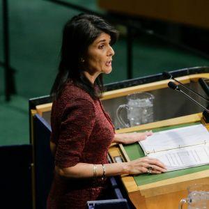 USA:s FN-ambassadör Nikki Haley talade till generalförsamlingen inför omröstningen.