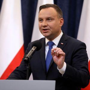 Polens president Andrzej Duda höll en presskonferens i presidentpalatset i Warszawa på tisdagen 6.2.2018.