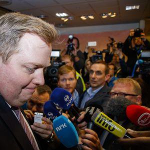 Islannin pääministeri Sigmundur David Gunnlaugsson erosi Panaman paperit -skandaalin takia