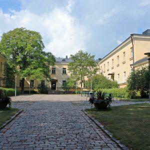 Statsvetenskapliga fakultetens innergård.