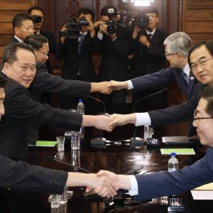 Nordkoreanska och sydkoreanska delegationen efter mötet i den demilitariserade zonen i augusti 2018