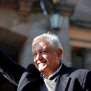 Mexico citys förre borgmästare, vänsterledaren Andrés Manuel López Obrador installeras som president på lördag