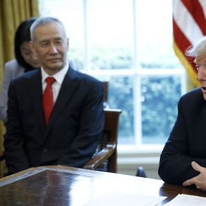 "USA:s president Donald Trump träffade Kina ""handelskejsare"" vicepremiärminister Liu He i Vita huset"