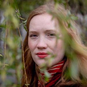 Kirjailija Mathilda Larsson