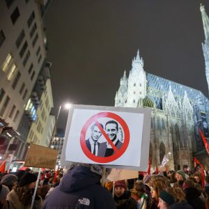 Demonstration i Wien mot partiet FPÖ, och mot kansler Sebastian Kurz och vicekansler Heinz-Christian Strache