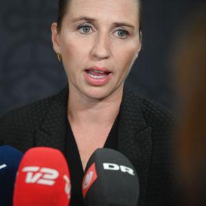 Danmarks statsminister Mette Frederiksen har bett hundratals forna barnhemsbarn om ursäkt för den vanvård de utsattes för