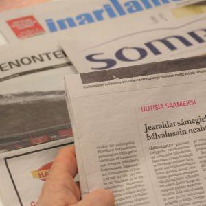 Saamelaisalueen paikallislehdet Enontekiön sanomat, Inarilainen ja Sompio