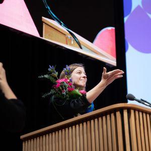 På Vänsterförbundets partikongress i Kuopio på lördag blev Li Andersson återvald till ordförande utan motkandidater.