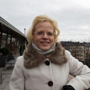 Maarit Lindström on Metsäteollisuus Ry:n pääekonomisti.