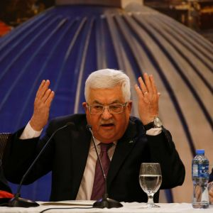 Palestnierna president Mahmud Abbas håller tal i Ramallah på Västbanken