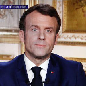 Bild på tv-skärm då Emmanuel Macron håller tal till folket om läget med coronaepidemin.