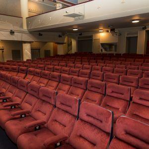 Elokuvateatteri Orionin elokuvasali.