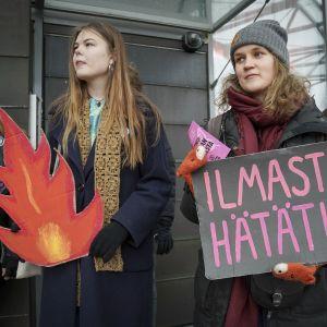 Elokapinan mielenosoitus Fortumin pääkonttorin edustalla 24.1.2020