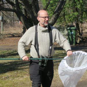 Lintu- ja perhosharrastaja Juhani Kairamo