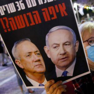 Demonstration i Tel Aviv 2.5.2020 mot de nya regeringsplanerna
