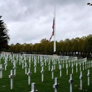 Minnesstund på begravningsplatsen Aisne-Marne för amerikanska stupade  i Belleau, Frankrike 10.11.2018