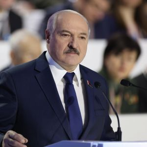 Valko-Venäjän presidentti Aljaksandr Lukašenka puhui Minskissä järjestettävässä kansankokouksessa.