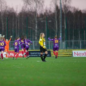 Kansallisen liigan avauskausi päättyi Åland Unitedin mestaruusjuhliin.