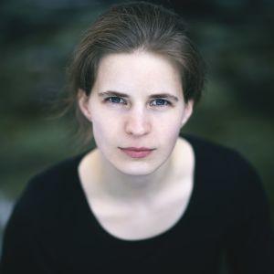 kuvassa kapellimestari Tabita Berglund