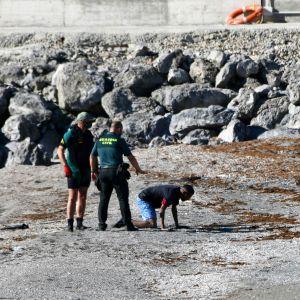 Migranter anländer till  Ceuta