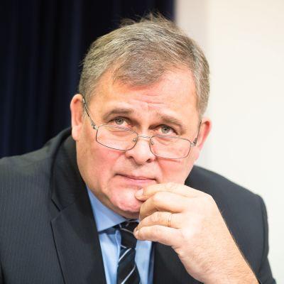 Raivo Aeg uttalade sig om en eventuell Estonia-utredning den 21 november 2019.