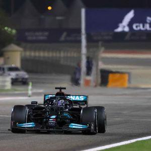 Hamilton och Verstappen kör mot varandra i Bahrain.