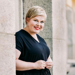 Keskustan puheenjohtaja valtiovarainministeri Annika Saarikko.