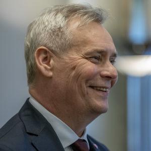 Antti Rinne ilmoittaa hallitusneuvotteluihin lähtevät puolueet