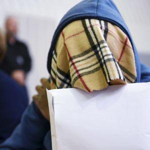 Mannen som dödade sin 3-åriga dotter i Borgå 2017 i tingsrätten den 4 juni 2018.
