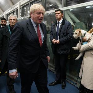 Boris Johnson strax efter valsegern i parlamentsvalet 2019.