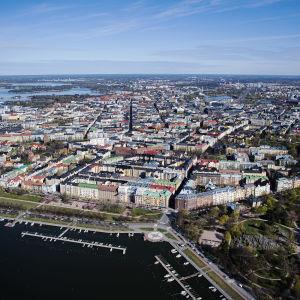 Kuvassa on Helsinki toukokuussa 2020.