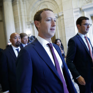 Facebook-vd:n Mark Zuckerberg i kongressbyggnadens i USA:s huvudstad Washington den 19 september 2019.