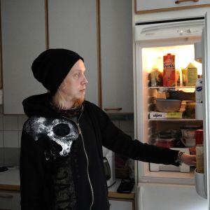 Jussi Holopainen jääkaapilla