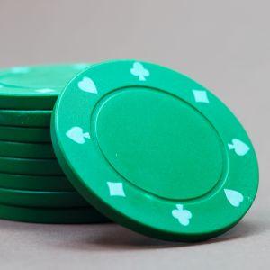 Gröna spelmarker.