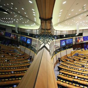 EU-parlamentin istuntosali.