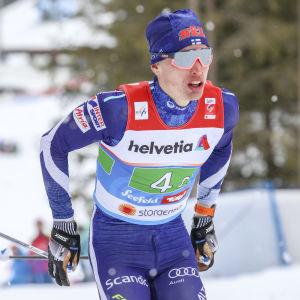 Iivo Niskanen är regerande OS-mästare på femmilen i klassisk skidteknik.