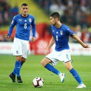 Jorginho och Marco Verratti dirigerar på Italiens centrala mittfält.