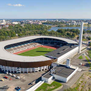 Helsingfors Olympiastadion färdigrenoverad i augusti 2020.