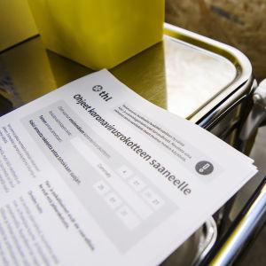 Ohjeet koronavirusrokotteen saaneelle -paperi.