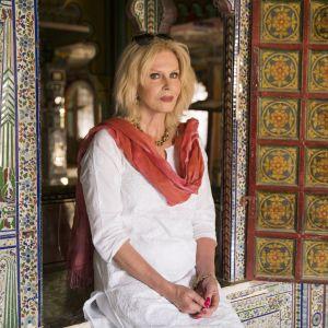 Brittinäyttelijä Joanna Lumley tutustuu synnyinmaahansa Intiaan.