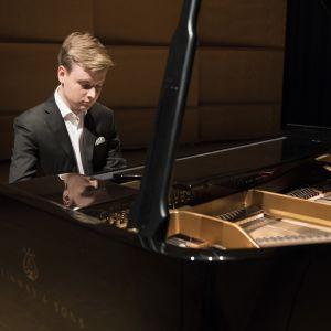 pianisti Ossi Tanner