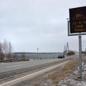 Vindvarning vid Replotbron.