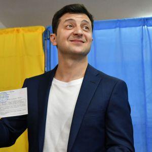 Volodymyr Zelenskyi röstar