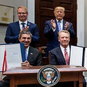 Trump och andra nöjda över handelsavtal.