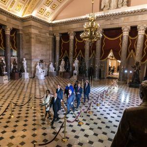 Riksrättsåtalet förs från Representanthuset till Senaten i USA