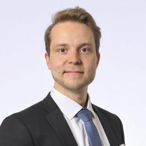 Riksdagsledamot Petri Honkonen, Centern.