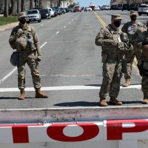 Soldater vid avspärrning utanför Kapitolium, Washington, USA. 2.4.2021