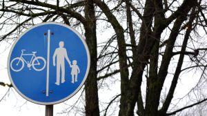 trafikmärke för cyklister och fotgängare