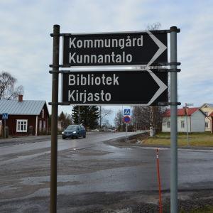 Korsningen av Köpingsvägen och Malmgatan i Malax.